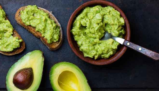 Интересным фактом является то, что вот такой зеленый продукт очень хорошо помогает женщинам сбросить лишние килограммы за непродолжительное время.