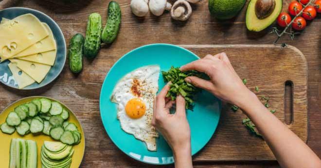 Считается, что безуглеводная диета является одной из наиболее действенных для похудения, избавления от лишнего веса и поддержания стабильной массы тела.
