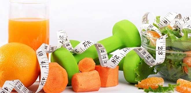 Ограничение углеводов в диете обычно приводит к незаметному снижению калорийности питания на 20-25%.