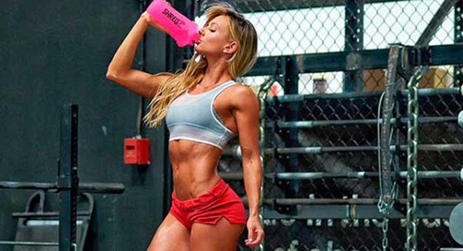 Для того чтобы рост мышечной массы был возможен, любому человеку необходим избыток энергии, излишки калорий.