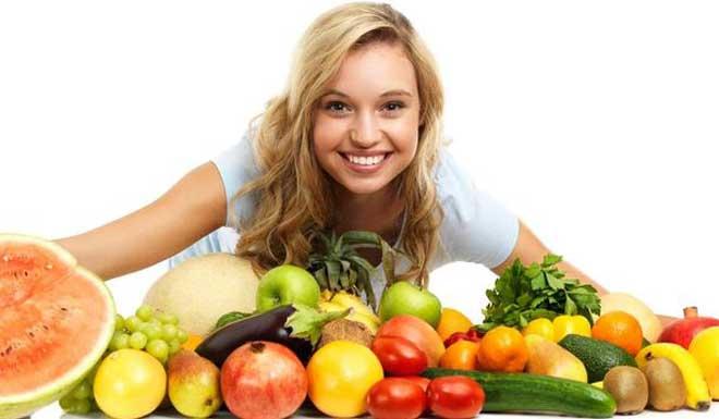 Фруктовая диета считается одной из самых полезных, так как именно фрукты богаты большим количеством витаминов и минеральных веществ, а также необходимой для организма клетчаткой.