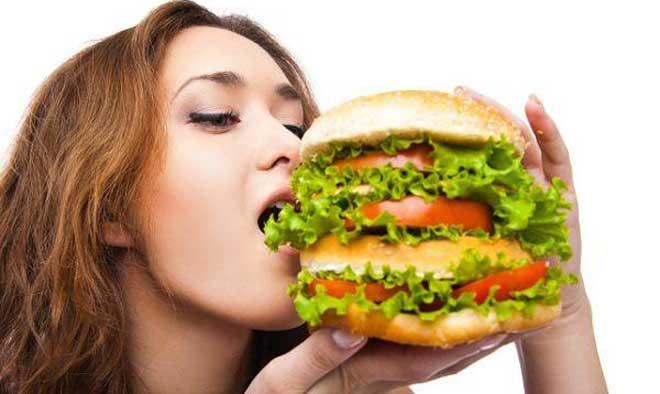 Рано или поздно недисциплинированность в еде приведёт к проблемам со здоровьем.