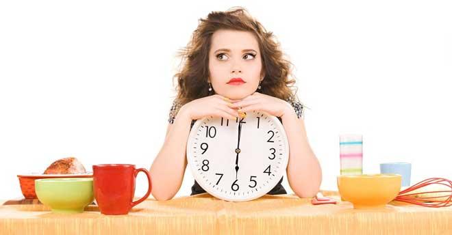 Люди, больные сахарным диабетом или страдающие ожирением должны остерегаться пищи с высоким гликемическим индексом.