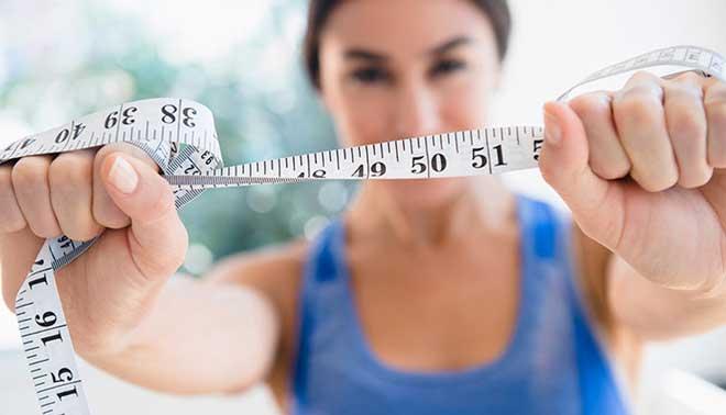 Диета для ленивых подходит для тех, кто хочет начать худеть без особых перемен в образе жизни и питании.