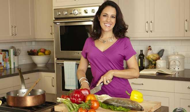 Подробно диета описана в книге Хейли Помрой совместно с Ив Адамсон «Диета для ускорения метаболизма».