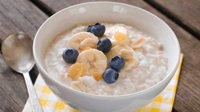Поскольку конкременты (камни в желчном пузыре и его протоках) состоят из холестерина, необходимо максимально снизить количество потребляемых холестериносодержащих продуктов, но при этом сохранить в рационе ненасыщенные жиры.