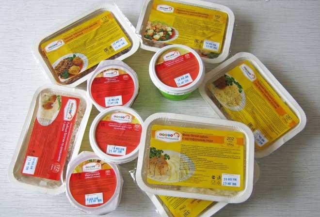 Сервис поставки готовых блюд по диете Малышевой предполагает 4 приема пищи в течение дня.