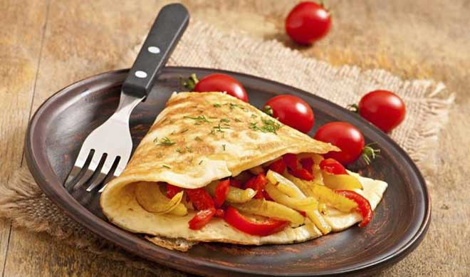 Ежедневный завтрак при правильном питании для похудения, меню которого можно подготовить заранее, состоит из разных видов продуктов.