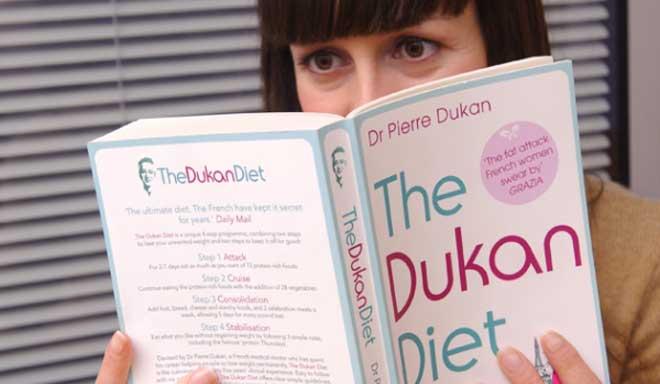 После выхода книги «Я не умею худеть» о Дюкане заговорили не только его пациенты, но и все, кто мечтает стать стройнее.