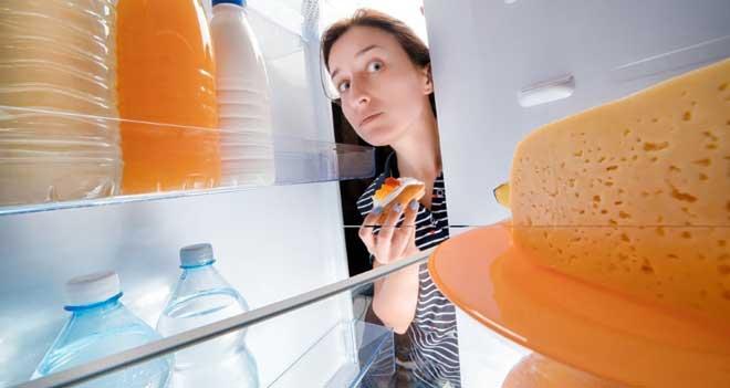 Пища с высоким гликемическим индексом, даже съеденная на ночь, идёт на пользу, легко усваивается, и не мешает быстро заснуть.