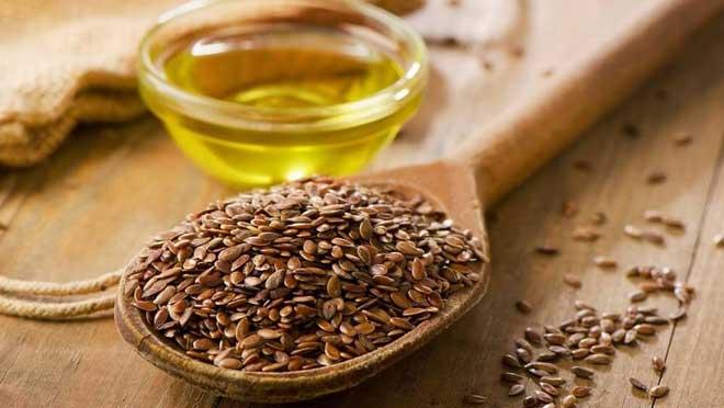 Льняное семя используют для профилактики различных заболеваний, а также употребляют при лечении.