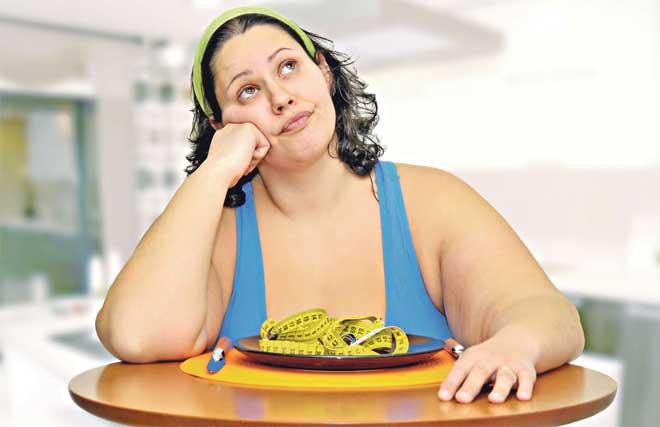 Попробуйте заменить привычные продукты их менее калорийными аналогами.