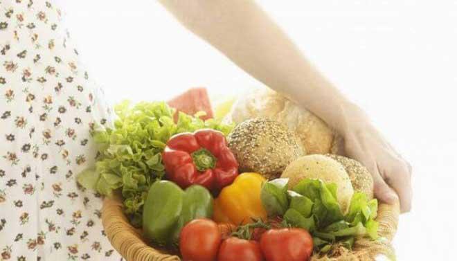 Разнообразные овощные рагу и супы-пюре идеальны для такой диеты, поскольку снижают нагрузку на поджелудочную железу.