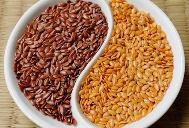 Семена льна, богатые самыми разнообразными витаминами и минералами, крайне полезны для организма.