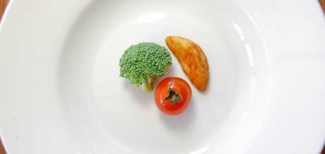 Тело человека часто путает чувство жажды и чувство голода.