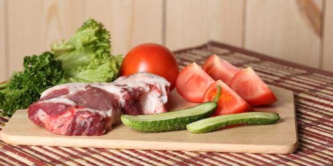 Овощная диета – достаточно мягкая и подразумевает употребление блюд из различных овощей.