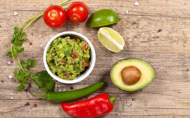 Принимать в пищу нужно только совместимые продукты. В блюда следует включать компоненты с хорошим перевариванием и усвояемостью при одновременном попадании в желудок.