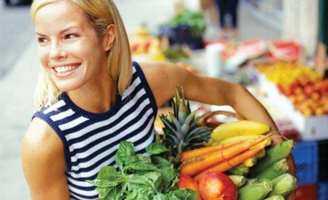 Соблюдая овощную диету необходимо выпивать в сутки не менее 2- 3 л воды день.