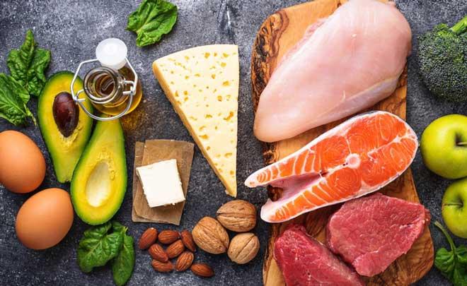 Рацион кормящей женщины должен быть сбалансированным и разнообразным.