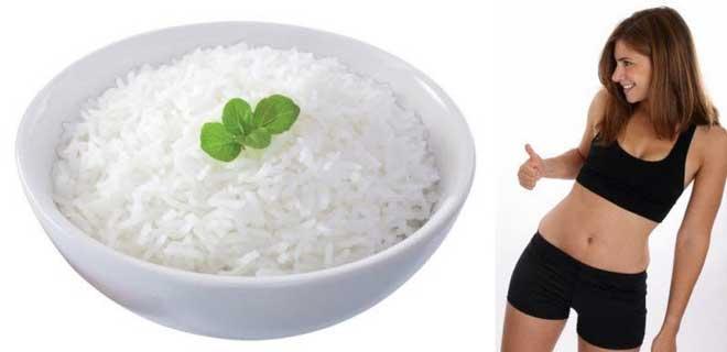 В основе рисовой диеты лежит снижение употребления калорий, жира, углеводов и белков.