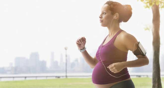 Большинство людей знает, сколько пользы бег приносит при разумном подходе к тренировкам.