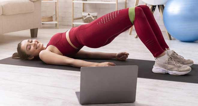 Эспандер помогает обеспечить не только силовую, но и кардио-нагрузку, при этом не требует большого пространства для выполнения упражнений.